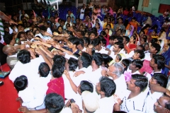 The Crowd Reaching Out to Apostle McFarlane for Prayer and the Anointed Oil & Prayer Cloth during the Mission to India 2008